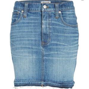 Madewell sz 31 step hem denim mini skirt